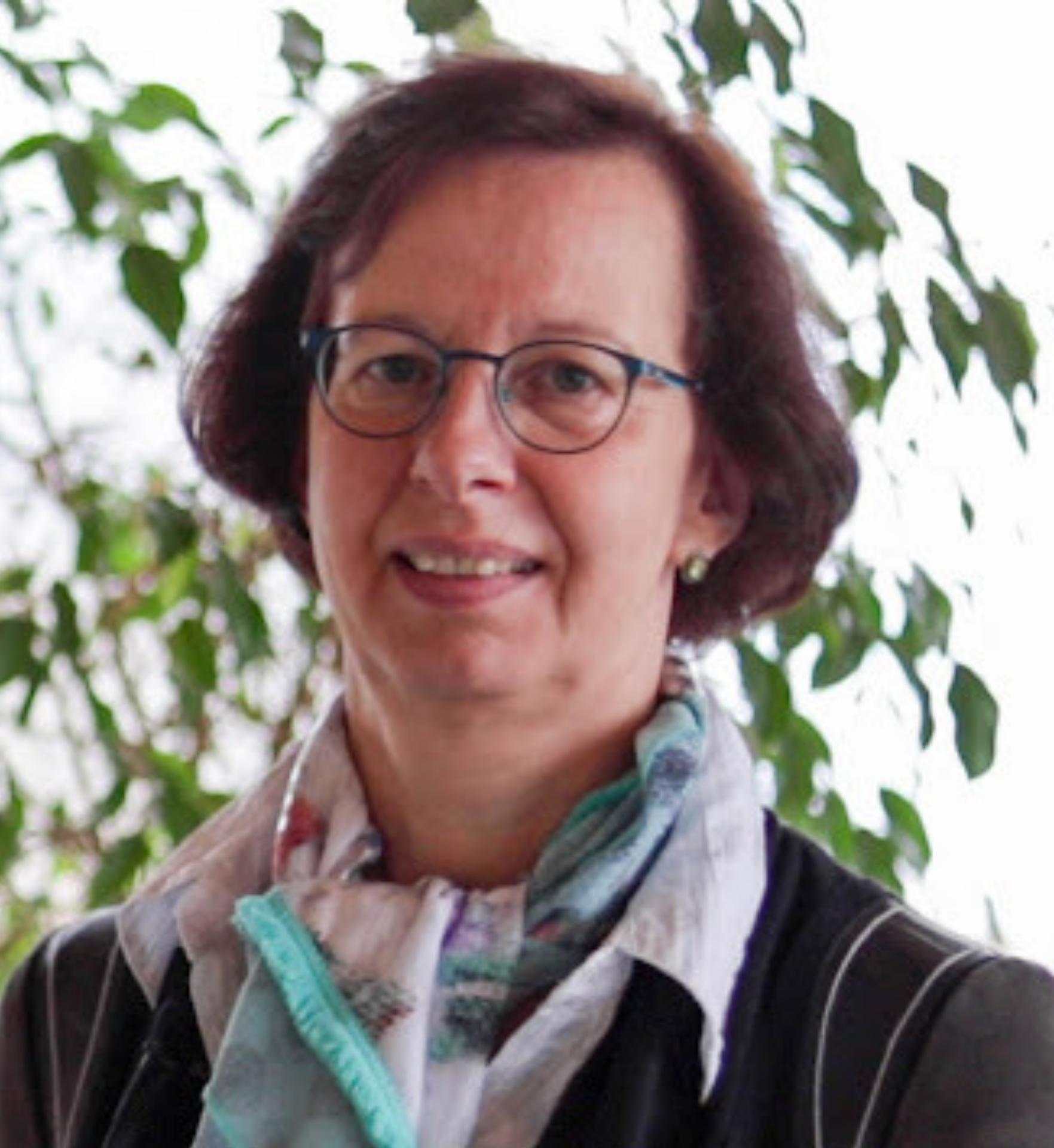 Dr. Dorina Böhm, Geschäftsführerin der MicroDissect GmbH
